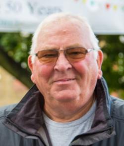Photo of Richard Bull,